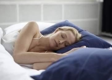 褪黑素有什么副作用 缓解失眠的小方法