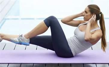 女生瘦肚子的最快方法运动 几个简单动作教你快速甩掉小肚腩