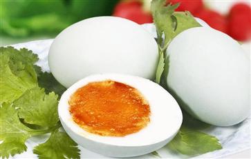 哪些人不宜吃咸鸭蛋 3类人要慎吃