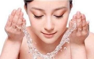 换季时期该注意的肌肤问题 如何有效护理肌肤